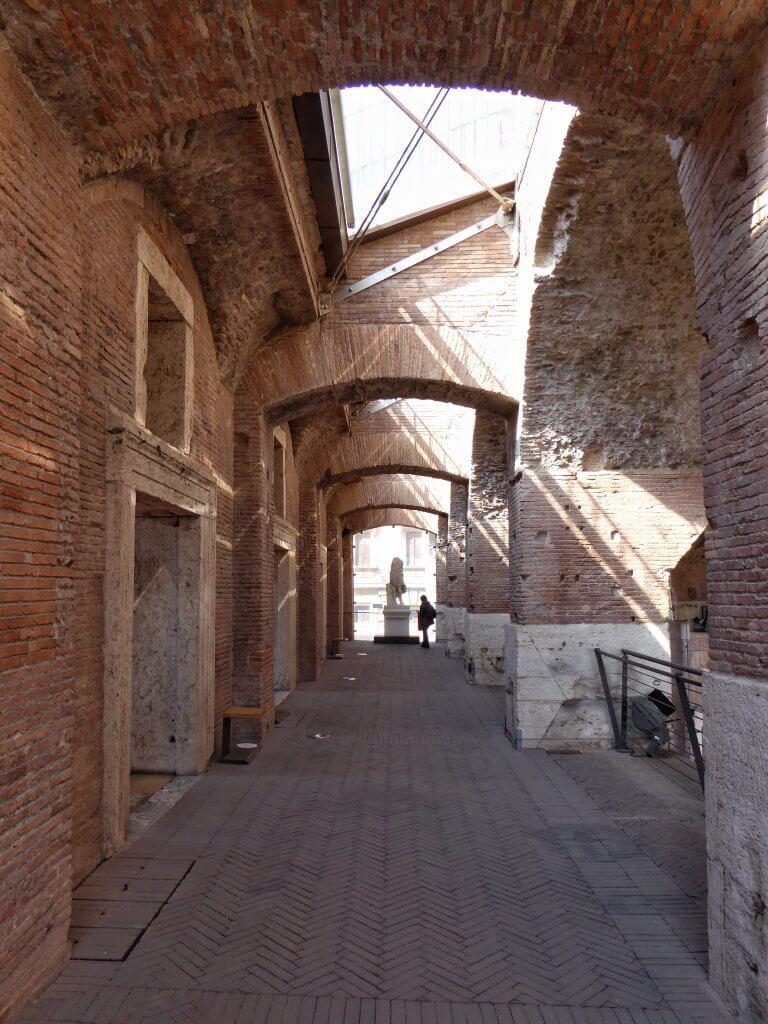 Etage in der Großen Halle der Trajansmärkte in Rom